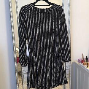 H&M Star ⭐️ Cinched Dress